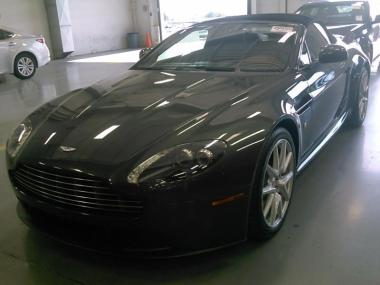 2014 Aston Martin Vantage Convertible 2 Doors Car For Sale Used Car For Sale In Nigeria & 2014 Aston Martin Vantage Convertible 2 Doors Car For Sale Used ... pezcame.com